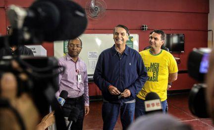 Elecciones En Brasil Reacciones A La Victoria De Bolsonaro En Primera Vuelta Internacional El Pais