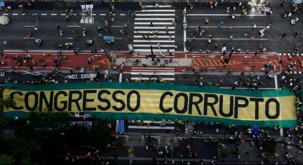 Image result for manifestações no brasil a favor da lava jato 04/12/2016