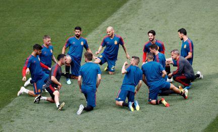 Eliminada  Espanha perde para a Rússia nos pênaltis e dá adeus ao sonho do  bicampeonato  3bf2ffbbee755