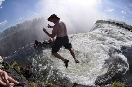 10 piscinas naturales hermosas identi for Piscina del diablo en zambia