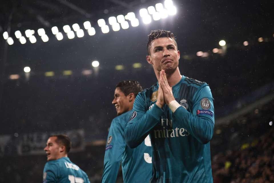 Cristiano Ronaldo marca golaço de bicicleta e conduz Real Madrid em   passeio  sobre a Juventus  5f877a6c44d89
