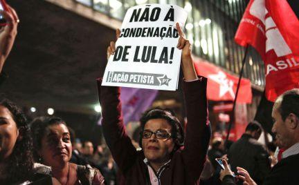 Resultado de imagem para protestos contra lula condenado