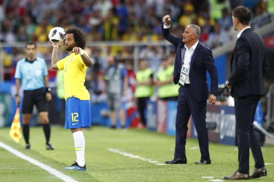 Brasil bate a Sérvia e se classifica em primeiro para as oitavas de final  b2cdb043146aa